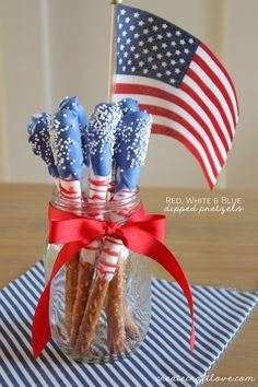 Fourth of July Dipped Pretzels