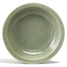 A large longquan celadon 'dragon' dish. Ming dynasty, 15th century