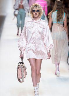 Fendi – Fashion Week Mailand 2016   ELLE