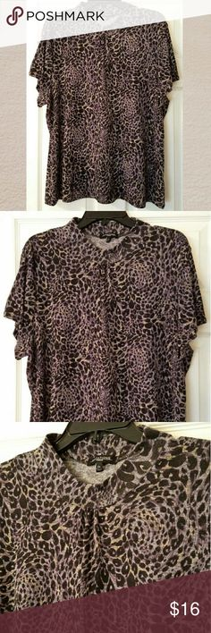 "Notations Woman Animal Print Knit Top Shirt 2x Made by Notations  96% Polyester, 4% Spanex  Hand wash, line dry  Measurements are approximate      Length 27""     Chest 46"" - 54"" stretched. Notations Tops Tees - Short Sleeve"