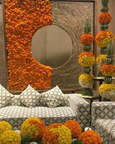 Desi Wedding Decor, Wedding Hall Decorations, Marriage Decoration, Flower Decorations, Gauri Decoration, Diy Diwali Decorations, Festival Decorations, Mehendi Decor Ideas, Mehndi Decor