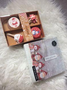 24 Backförmchen Muffinförmchen 20 Servietten, Backform Stern Weihnachten Advent  | eBay