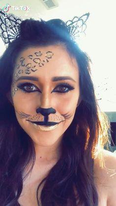 Cheetah Halloween Costume, Halloween Makeup For Kids, Diy Halloween Costumes For Women, Kids Makeup, Leopard Halloween Makeup, Halloween Inspo, Creative Costumes, Spooky Halloween, Makeup Ideas