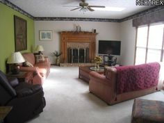 Nice size great room with gas fireplace and skylights. MLS ID#: 3351758 - www.harmonhomes.com| North Canton, OH 44720