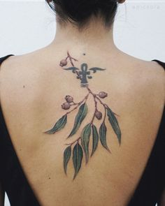 501 Likes, 3 Comments - Ola Back Tattoo, Tattoo You, Tree Branch Tattoo, Japanese Flower Tattoo, Street Style Summer, Skin Art, Tree Branches, Swag Dope, Tattoo Artists