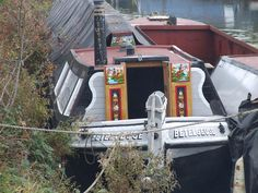 BETELGEUSE is a Grand Union Canal Carrying Co. Star Class 'Small Woolwich' butty