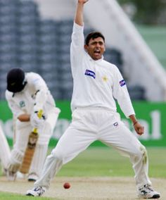 """Saqlain Mushtaq , the Pakistan bowler who invented the controversial """"doosra"""" delivery, believes it can be bowled legally.  Mushtaq's staunch defence of his prized weapon comes as the International Cricket Council cracks down on the bowling action of spinners."""