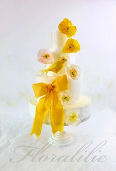 Poppy Love Cake - Wafer Paper Poppies and Sugar Canary | Floralilie Sugar Art