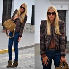 tweed blazer, suede booties, and skinnies