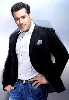 452954189ca Salman Khan is king of Indian film industry.  Salmankhan  bollywood  king  Salman