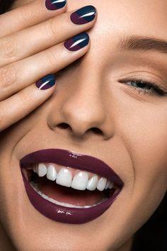 Tamara Williams Photographer in Stuttgart Germany Fotograf Stuttgart Lip Makeup, Beauty Makeup, Makeup Meme, Rock Nails, Nice Lips, Painted Nail Art, Hand Photo, Model Face, Perfume