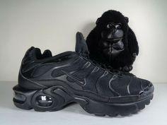 designer fashion 3fe5a 85186 Kids Nike Air Max Plus GS Tn Triple Juniors Boys Girls Trainers shoes size  6.5 Y  nike