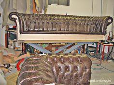 #Divano Old Chester in produzione nella nostra fabbrica di #Seveso!