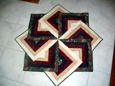 strata+quilts   Thread: Strata Star Table Toppers, Tree Skirt and Quilt