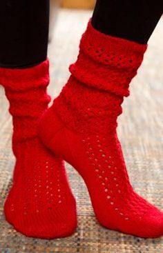Make Mine Lace Socks Free Knitting Pattern from Red Heart Yarns (Top Crochet) Lace Knitting Patterns, Knitting Stitches, Knitting Socks, Free Knitting, Lace Socks, Crochet Socks, Crochet Lace, Knit Socks, Red Socks