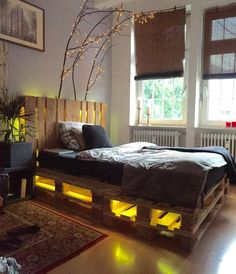 DIY Whole Pallet Bed with Headboard and Lights