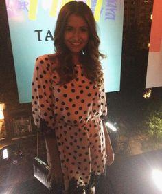 A @viihrocha também veio curtir a festa da Tanara! Vem ver ela falando sobre a festa no Snap  tanarabrasil #shoesfirst