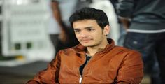 Akhil Suffers With Muscular Injury | Latest Tollywood News Akhil Akkineni has suffered a muscular injury during the recent CCL where Telugu Warriors came out with flying colours. Akhil has apparently hurt himself during the recent cricket match and suffered a muscular injury to his left hand. Although it's not a bone fracture which is...