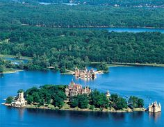 1000 islands, Ontario #Canada http://caaneo.ca/about/blog/wp-content/uploads/2011/06/reasons_travel_ontario_national_parks_stlawrence.jpg