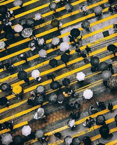 2016 Year Top 50 Instagram on Fubiz – Fubiz Media Photography Essentials, City Photography, Aerial Photography, Landscape Photography, Umbrella Photography, Photography Ideas, Photography Awards, Street Photography People, Black And White People