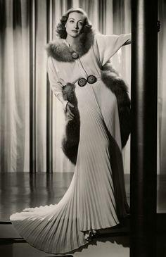 Joan Crawford, photo by George Hurrell, 1937