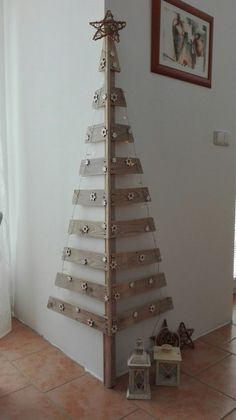 Diy christmas tree 805511083337063179 - Wall Christmas Tree Ideas that you can Make in No time – Ethinify Source by Ethinify Corner Christmas Tree, Cardboard Christmas Tree, Wooden Christmas Decorations, Silver Christmas Tree, Unique Christmas Trees, Alternative Christmas Tree, Christmas Tree Crafts, Christmas Wood, Christmas Projects