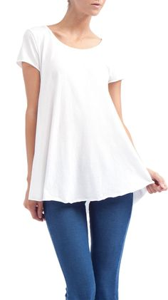 white scoop hem t