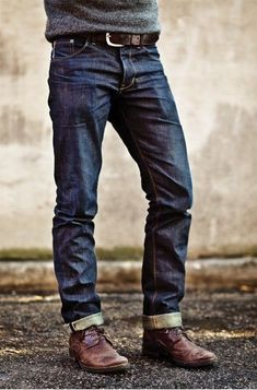 These jeans have a great casual look, but arent sloppy. Theyll look great if you dont want to cuff them, too. Rustic Mens Fashion, Mens Fashion Suits, Men's Fashion, Fashion Socks, Fashion Vintage, Fashion Rings, Love Jeans, Jeans Fit, Jeans Style
