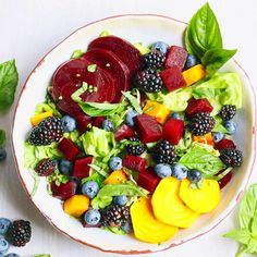 The greatest wealth is Health. 🙏💖Organic Butter Leaf Lettuce, Beet, Blackberry, Blueberry & Fresh Basil Salad with an Orange, Pistachio & Basil Dressing. 💞💗💕💓