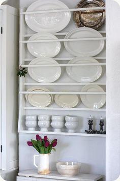 LILLA BLANKA: Stor tallrikshylla ~ Huge plate rack