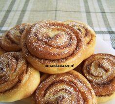 Škoricové slimáky Cake Cookies, Doughnut, Pancakes, Muffin, Food And Drink, Pie, Baking, Breakfast, Sweet