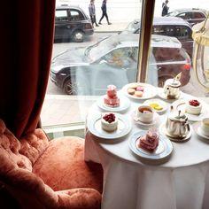 Afternoon Tea - Harrods Laduree London http://teapauses.com/healthiest-teas-to-drink/