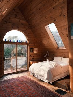 14 Fabulous Rustic Chic Bedroom Design and Decor Ideas to Make Your Space Special - The Trending House A Frame Cabin, A Frame House, Cabins In The Woods, House In The Woods, House In The Forest, Forest Home, Forest Cabin, Snow Forest, Cozy Cabin