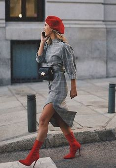 Be in the trend in the fall - wear a cage. 5 best images Be in the trend in the fall - wear a. Fashion Mode, Look Fashion, Trendy Fashion, Womens Fashion, Fashion Trends, Dance Fashion, Fashion Spring, Winter Dress Fashion, Classy Fashion