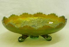 Lot # : 49 - Stag & Holly lg size IC shaped bowl - green