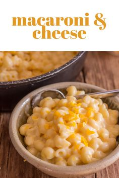 Naturally we are a big Pasta loving family and this Macaroni and Cheese Recipe is tasty, creamy and cheesy exactly what it should be. I'm sure it will become one of your favourites too! Best Side Dishes, Side Dish Recipes, Lunch Recipes, Easy Dinner Recipes, Dinner Ideas, Delicious Recipes, Vegetarian Recipes, Macaroni Recipes, Macaroni Cheese