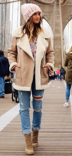 winter  fashion   Pink Beanie + Camel Coat Boho Outfits 30527b03cd3