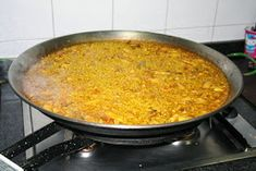"El Mundo de Pepe Hermano: RECETARIO ""COCINILLAS"" (II) ARROZ A BANDA Macaroni And Cheese, Vegetables, Ethnic Recipes, Food, Seafood Paella, Rice, Sash, Brother, Eten"