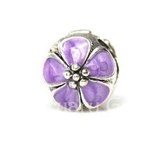 sliver Slider clip charm bead by FebruaryGEM. Buy in Single/5/8/10 https://www.facebook.com/pages/FebruaryGem