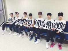BTS Official Tweet - BTS (selca) 131005