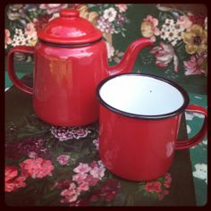 Red enamel
