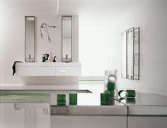 Elegant bathroom ins