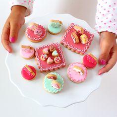 mini tea set icing cookies
