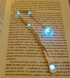 MUSTARD Seed in Glass Bubble Bookmark GLOW in the por Papillon9