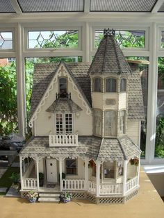 "Victoria Villa (jt-front view of this lovely house) Isn't this the Greenleaf ""Garfield model""? Victorian Dolls, Victorian Dollhouse, Dollhouse Dolls, Dollhouse Miniatures, Dollhouse Ideas, Modern Dollhouse, Girls Dollhouse, Victorian House, Miniature Houses"