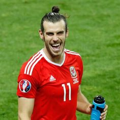 Real Madrid and Wales superstar Gareth Bale turns 27 and gets engaged