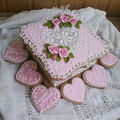 Crazy Cookies, Fun Cookies, Ginger Cookies, Sugar Cookies, Valentine Cookies, Valentines, Cold Porcelain Flowers, Cookie Box, Pink Parties