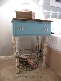 Repurposed Drawer side Table-005