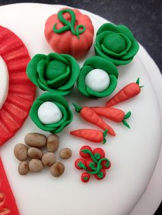 Sugar paste / fondant garden vegetables