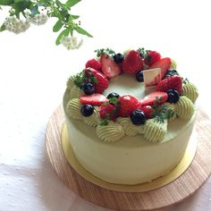 Green Tea Cake for Girl's Day.    ひな祭り女子会ケーキ。 抹茶ショートは大人女子用。